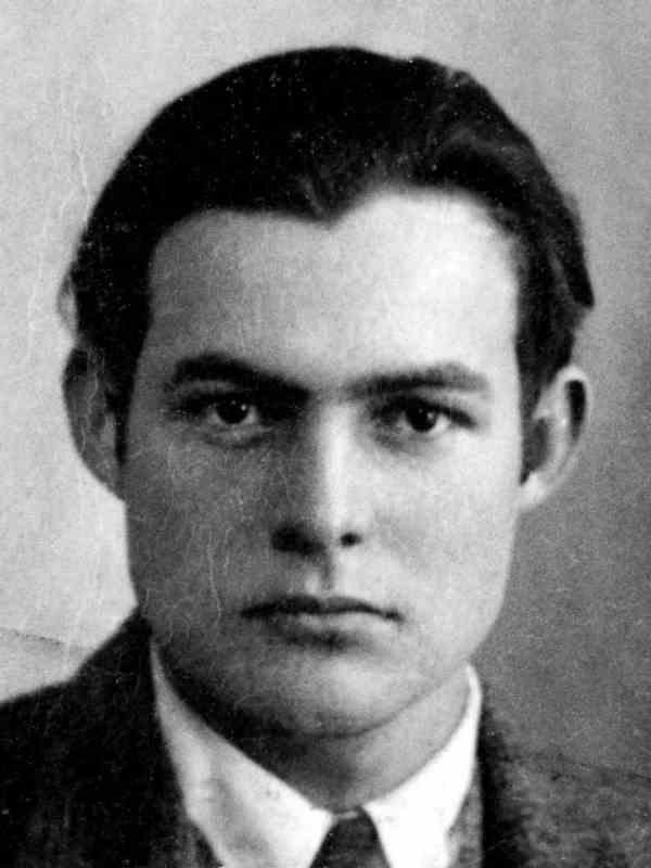 Ernest u Parizu (1923)