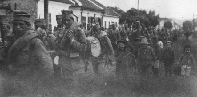povlacenje-srpske-vojske-i-izbeglica-1915