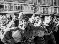 red-za-potpisivanje-prve-ploce-plavog-orkestra-u-beogradu_1985