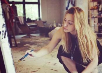 Una Novosel slikar