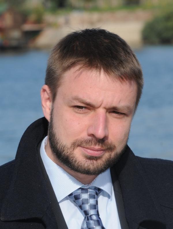 Vladimir Petrovic pisac Etnicko ciscenje Arhipelag